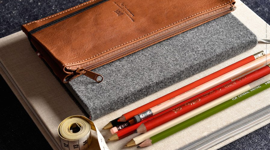 Tripcase and notebook by Hardgraft