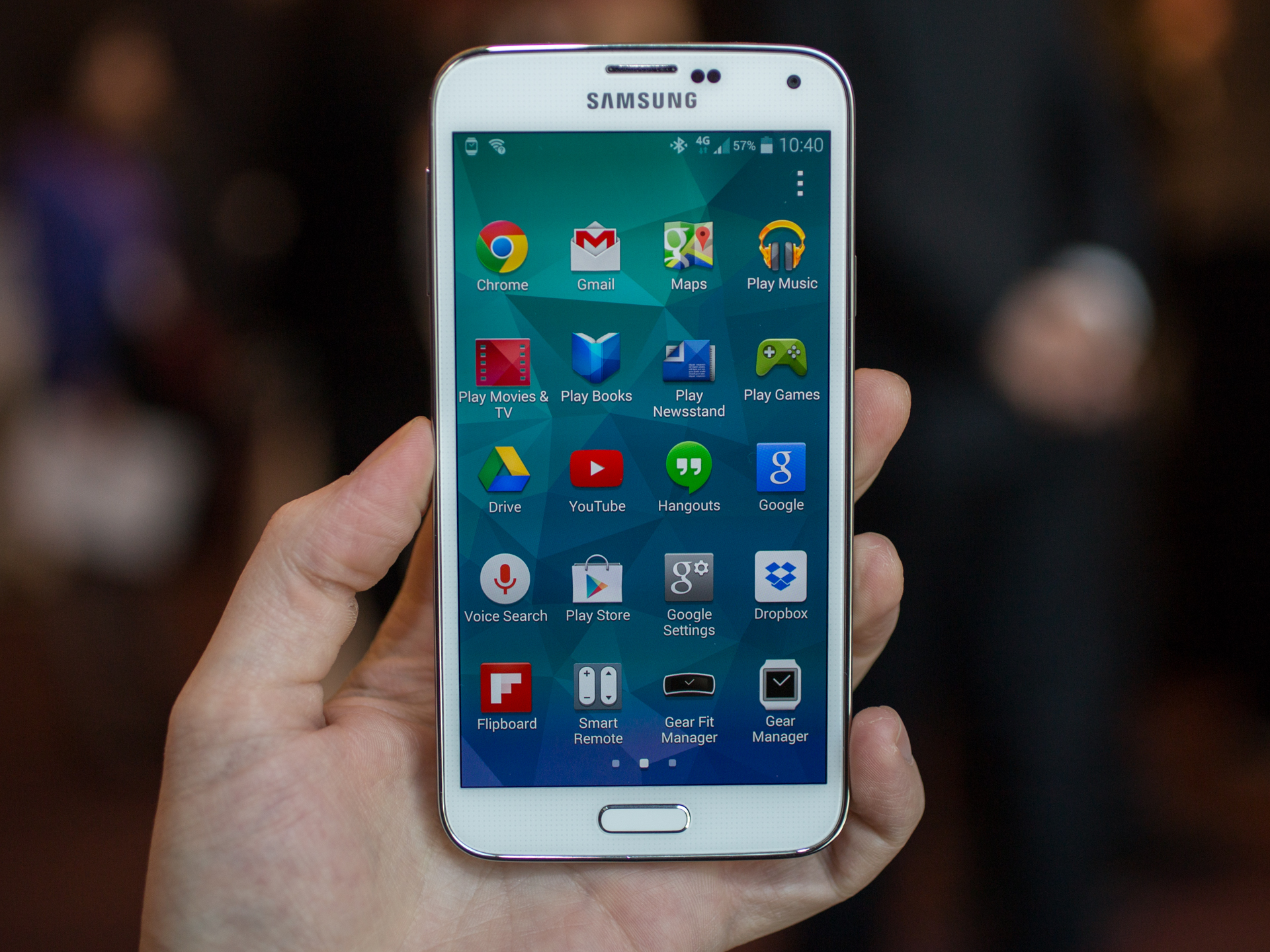 Samsung Galaxy S5 is the Most Fun and Colorful Experience You Can Have On Android