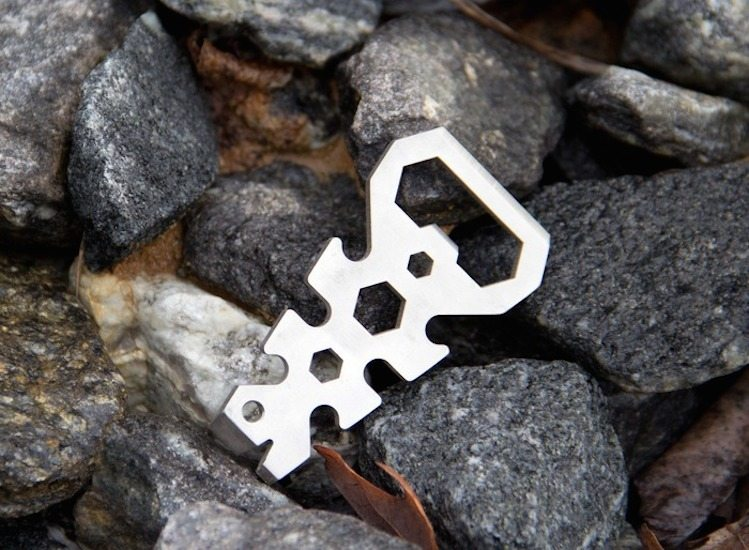Cloak and Dagger TITANIUM Multi-Tools – Knotless Gear Ties