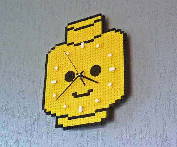 clock-made-of-lego-bricks-minifig-head-2