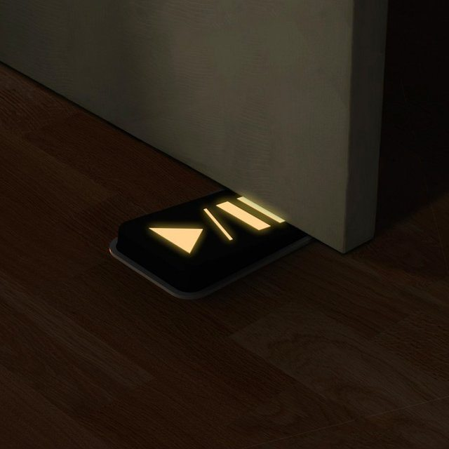 Door+Pause+Glow+In+The+Dark+Doorstop