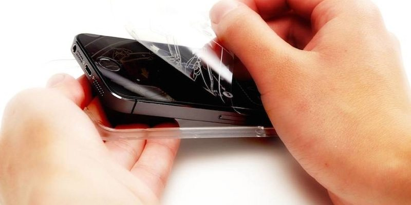 Effortless screen protection from Simple Snap
