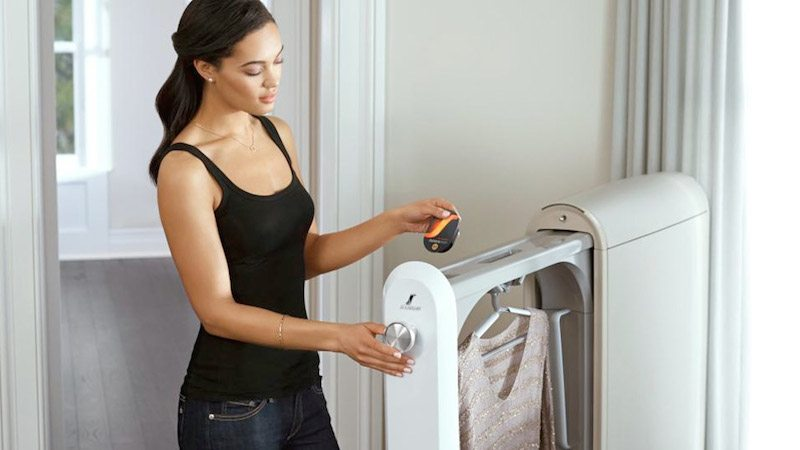 "Swash ""Refreshes"" Delicate Clothes Between Dry-Cleaning"