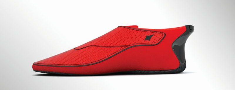 The shoe with haptic feedback
