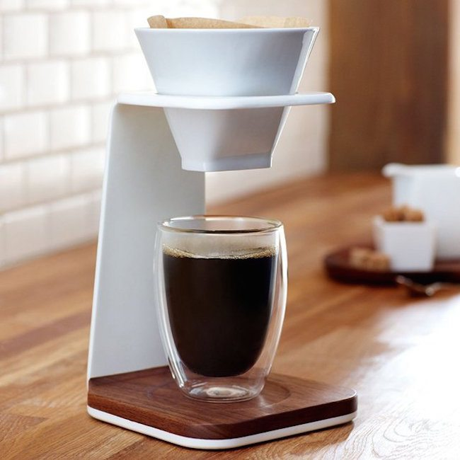 starbucks-premium-pour-over-brewer-01