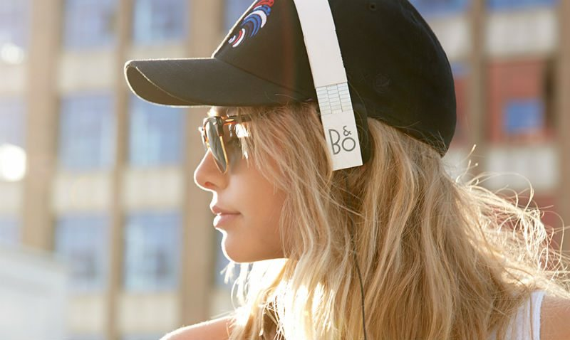 Image of a model sporting Form 2i Headphones