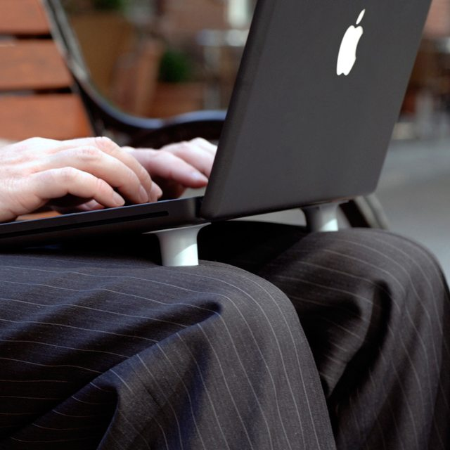 Cool Feet Laptop Lifts