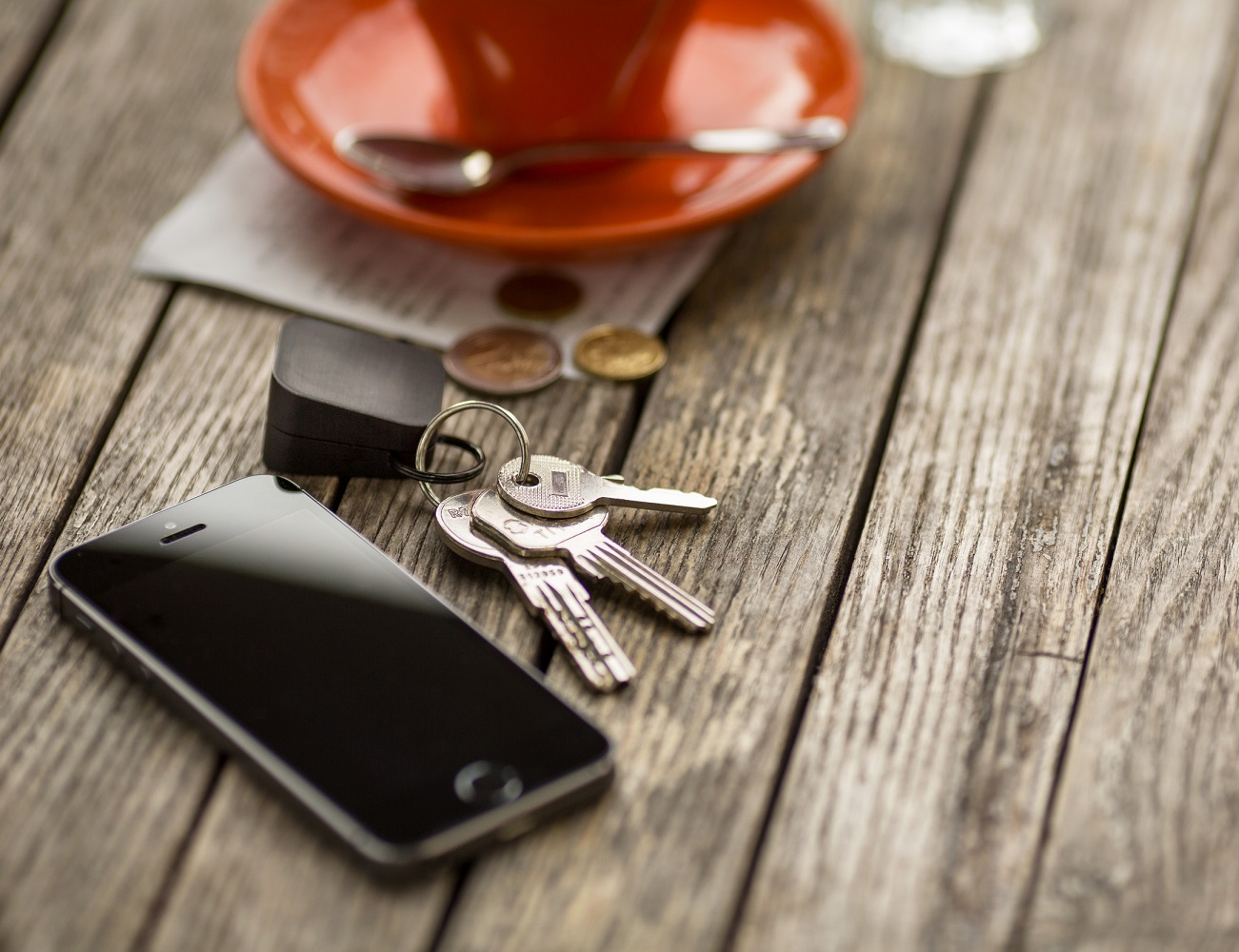 Oivo – The Smallest iPhone Charger On-the-go