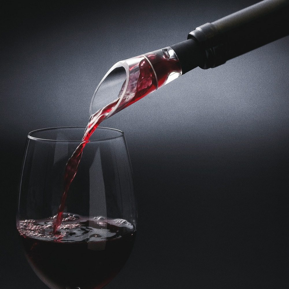 Selection Decanting Pourer by Menu