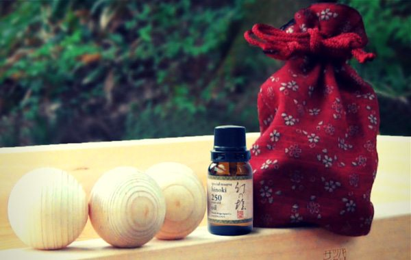 """Pocket Onsen De-Stresses You With An """"Instant"""" Japanese Bathing Experience Using Hinoki Aroma Oil"""