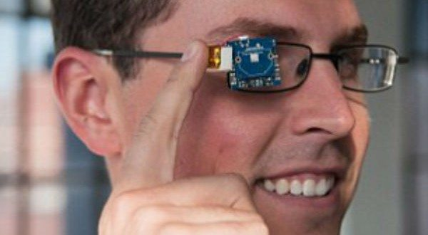 TinyScreen: The Tiny, Multifaceted Screen That Makes Eye Squinting Fun