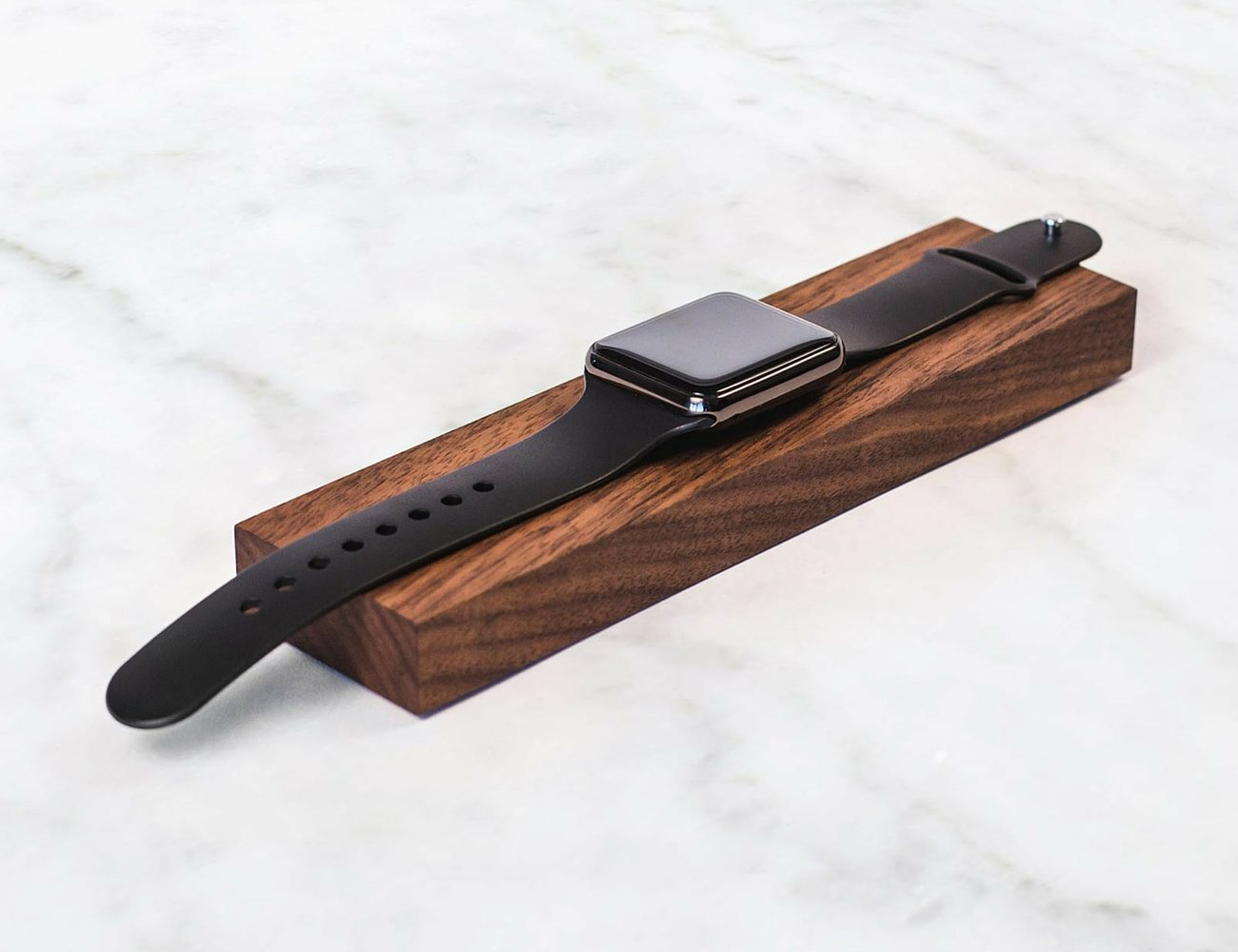 composure-charger-dock-for-apple-watch-by-rest-02