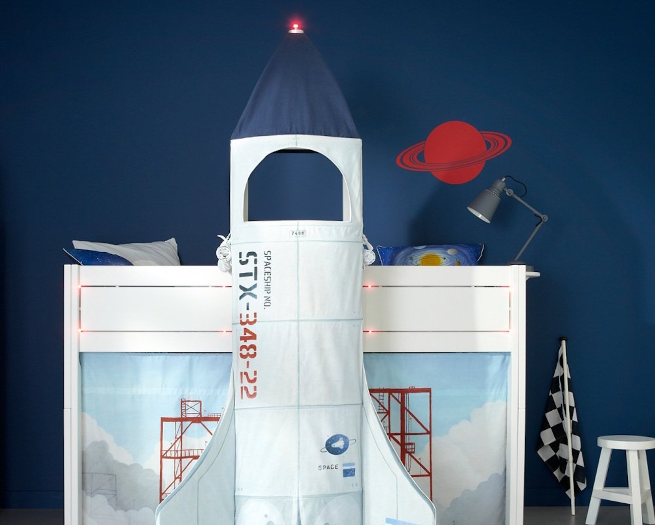 discovery-space-rocket-bed-by-lifetime-new-3