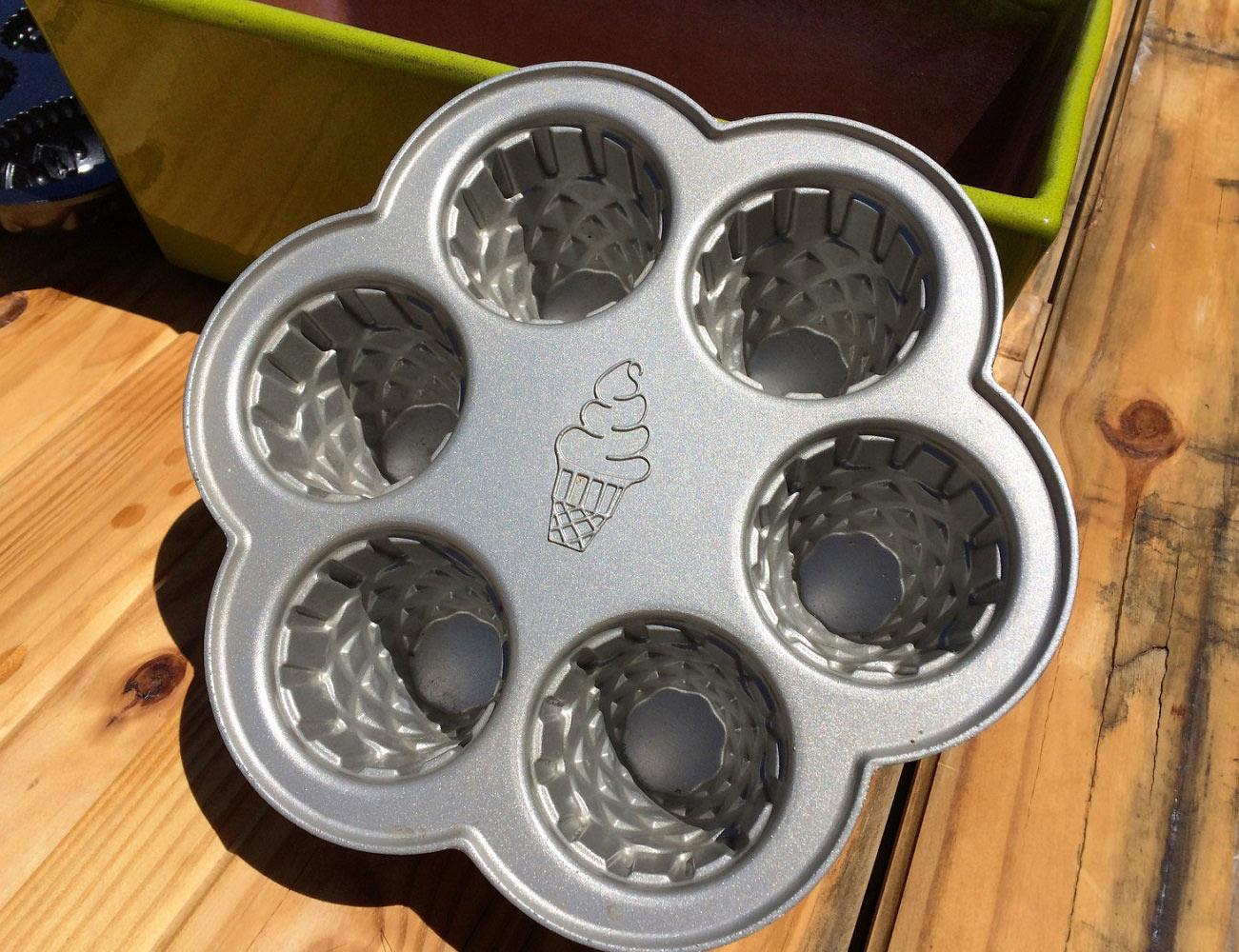 Ice Cream Cone Cupcake Pan