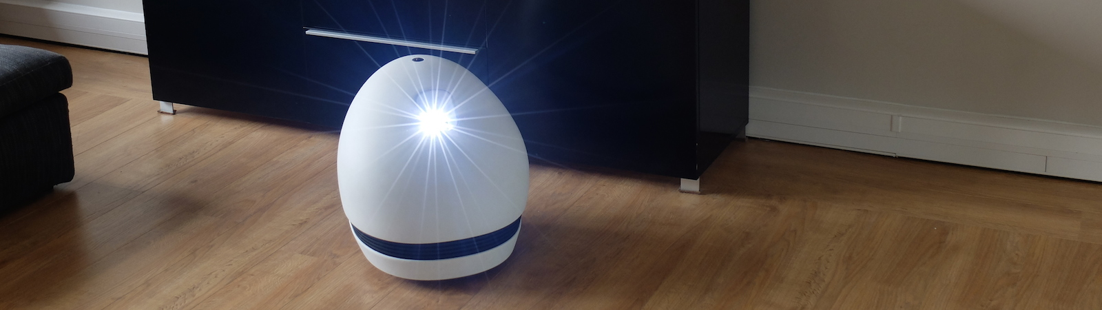 KEECKER Is a Brilliant Self-Propelling Entertainment Robot