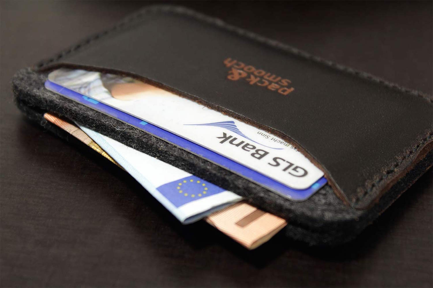 Slim Card Holder KESWICK