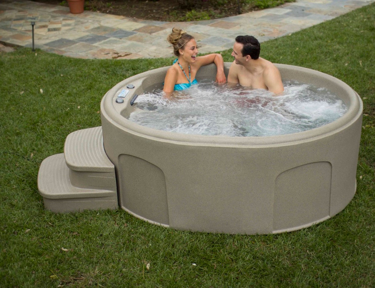 Luna Rock Solid Series Spa by Lifesmart