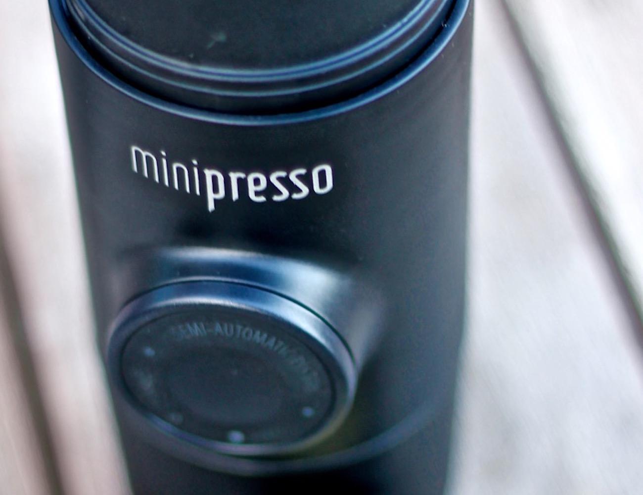 minipresso-handheld-espresso-maker-by-wacaco-company-new-03