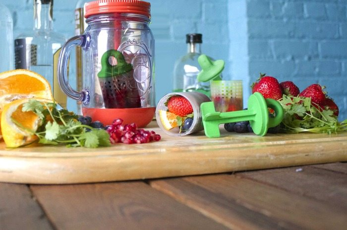 Splash+Infuser%3A+Rapidly+Infuse+Your+Drinks+%26%238211%3B+Anywhere%2C+Anytime