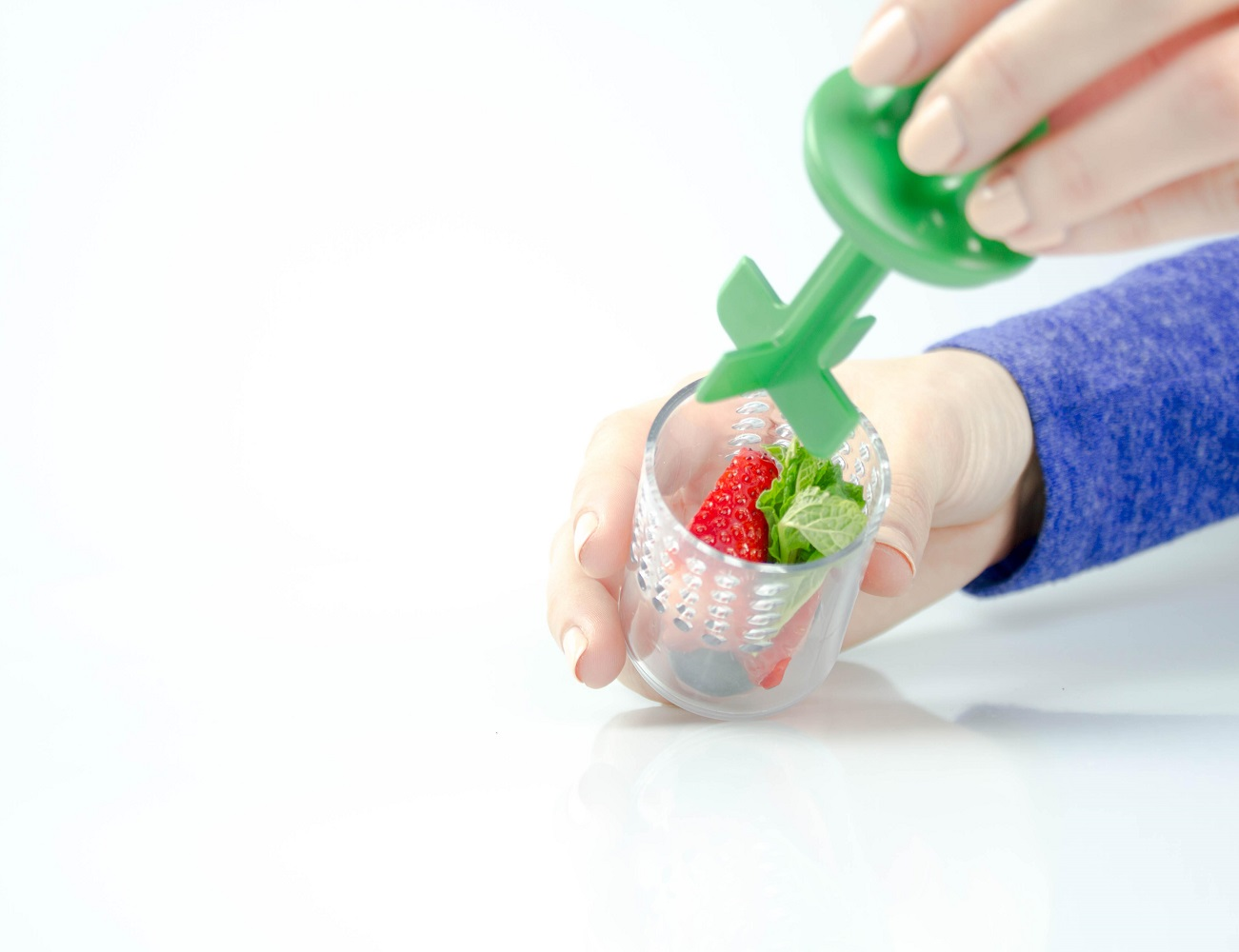 Splash Infuser: Rapidly Infuse Your Drinks – Anywhere, Anytime