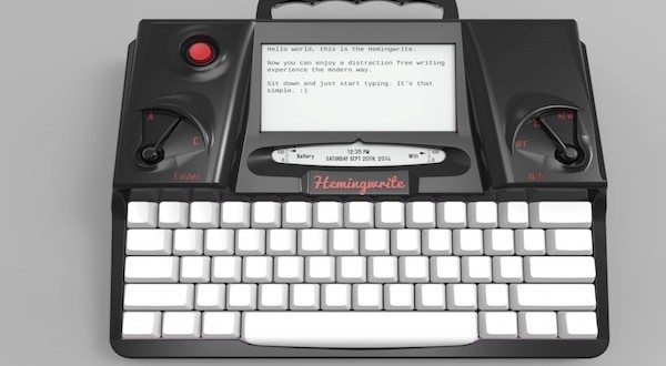 Hemingwrite: This Digital Typewriter Is Packed With Modern Features