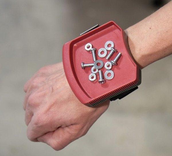 magwear-magnetic-wristband-01