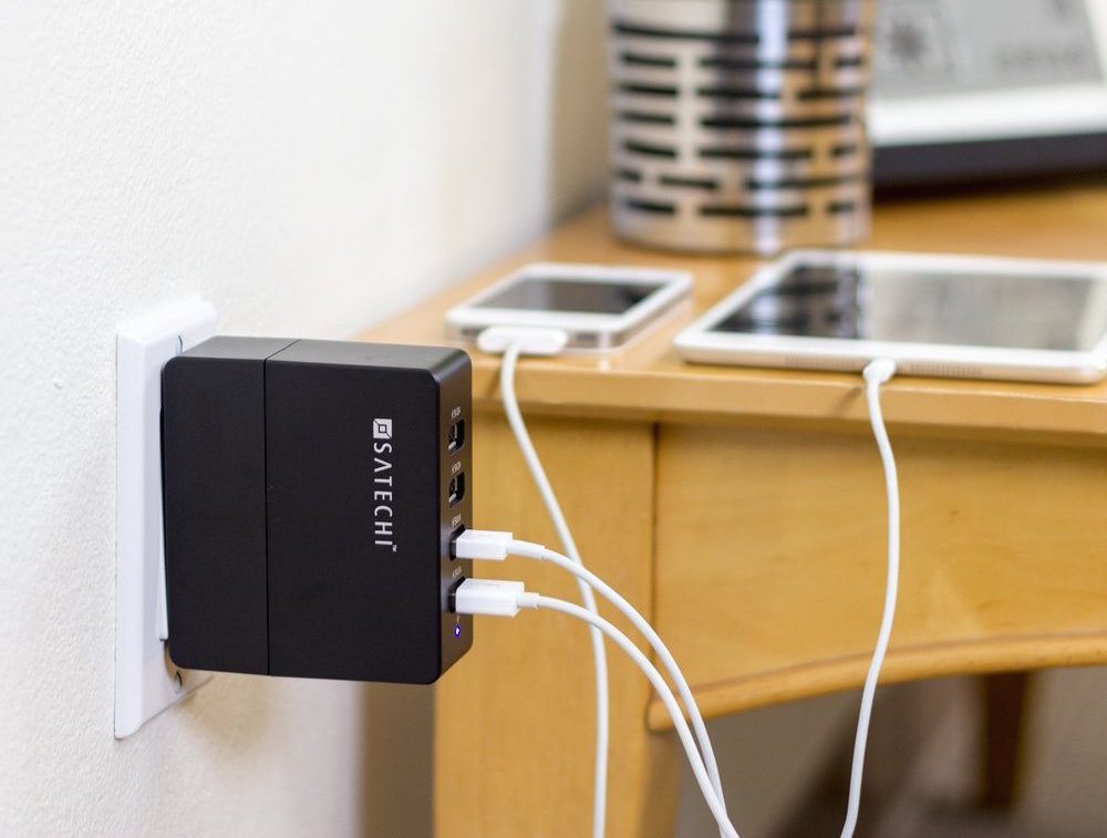 satechi-4-port-usb-charger-001