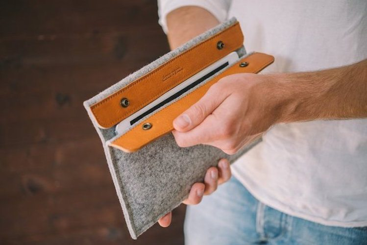 Sleeve for iPad by band&roll