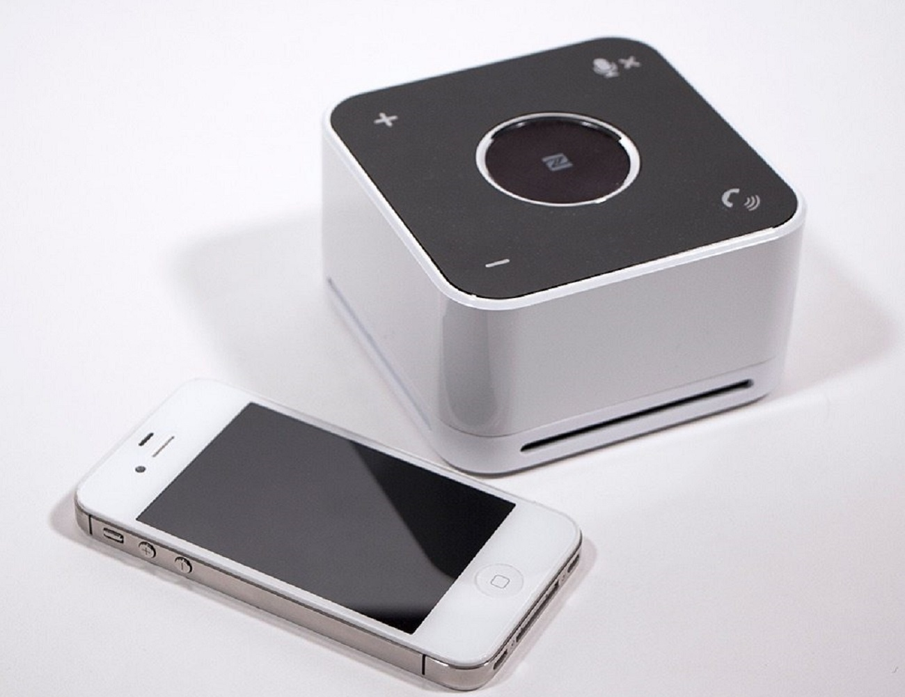 The Conference Mate NFC Speakerphone