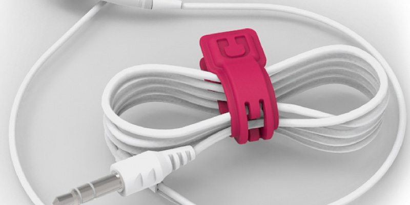 Organize your cables with Cloop