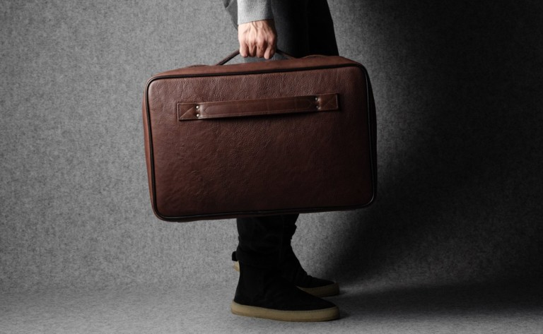 hardgraft Carry On Leather Suitcase works well on both long and short trips