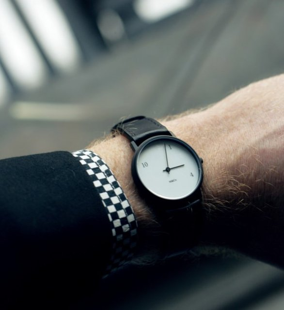 10-one-4+Watch