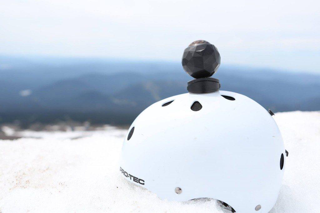 360fly on white helmet