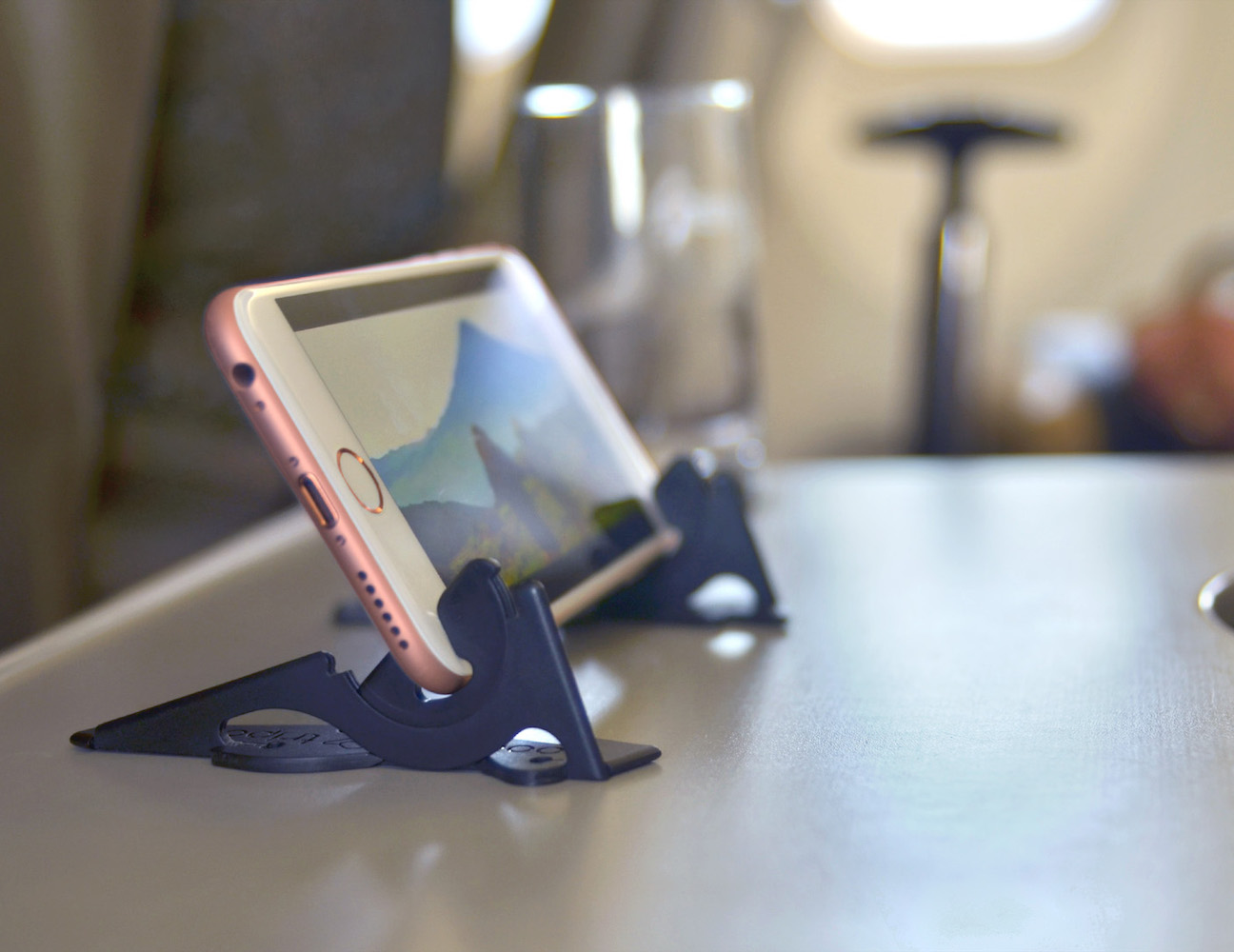 Pocket Tripod | Card-Size Adjustable iPhone Stand