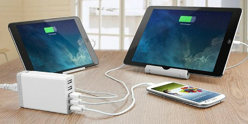 5-Port Family-Sized Desktop USB Charger