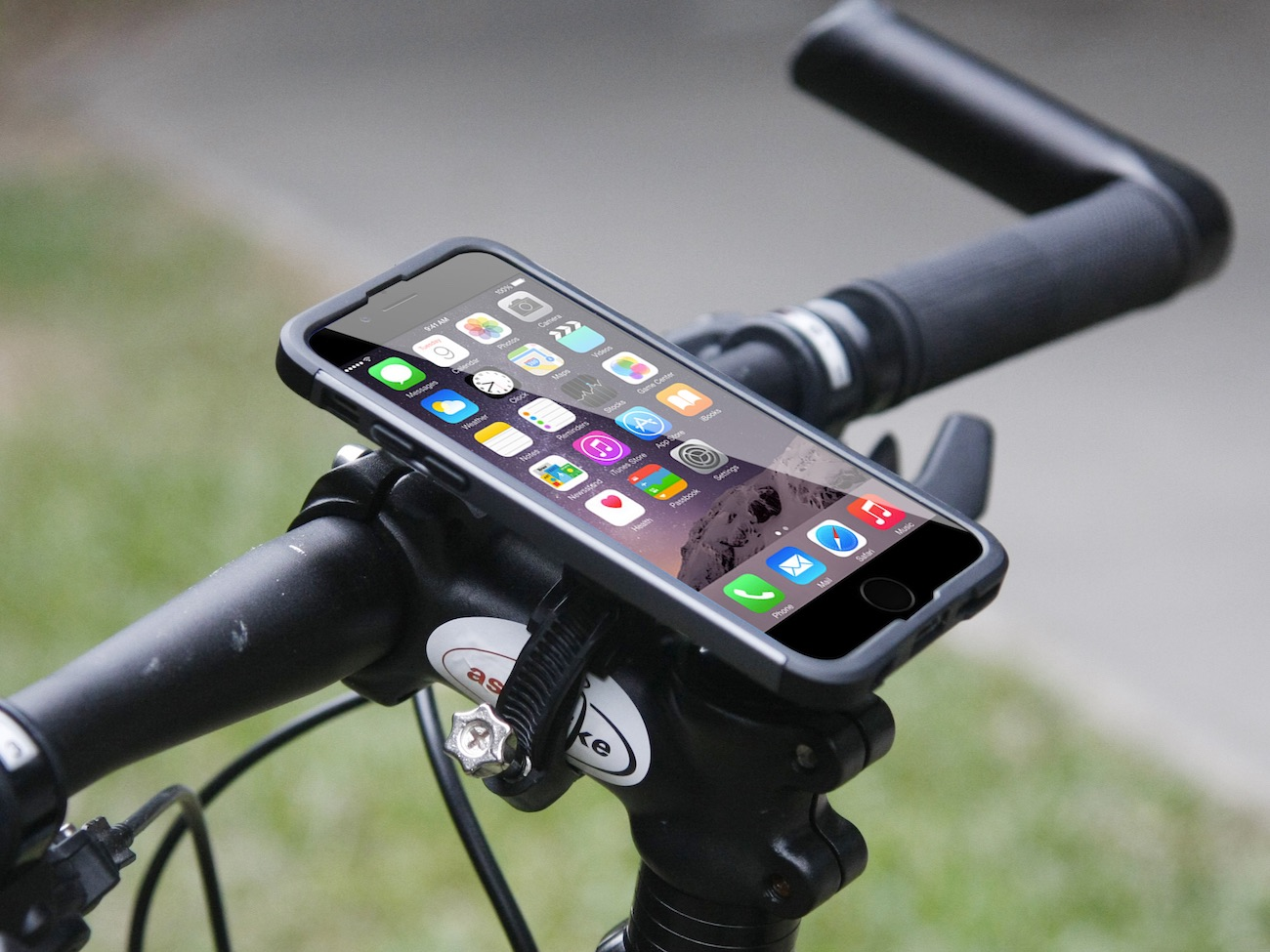 Armor-X iPhone 6 Mount Case for jogging, Car & Bike