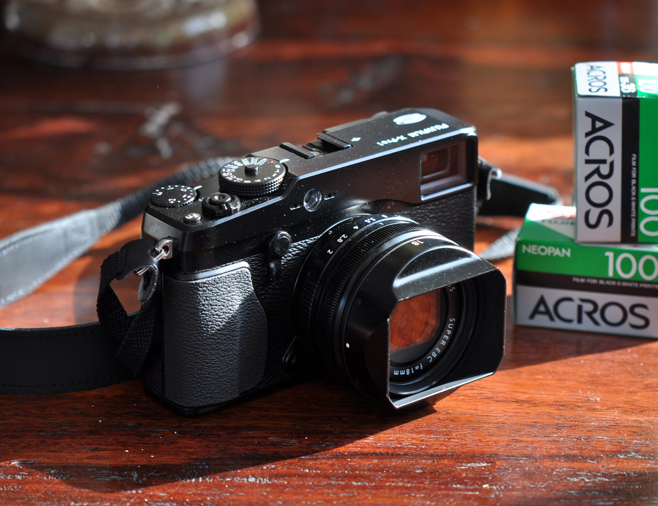 Fuji+X-Pro+1+Camera