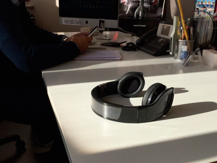 Helios – The World's First Wireless Solar Powered Headphones