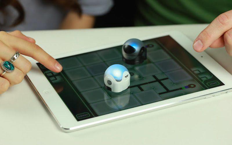 Ozobot World's Smallest SMART Robot