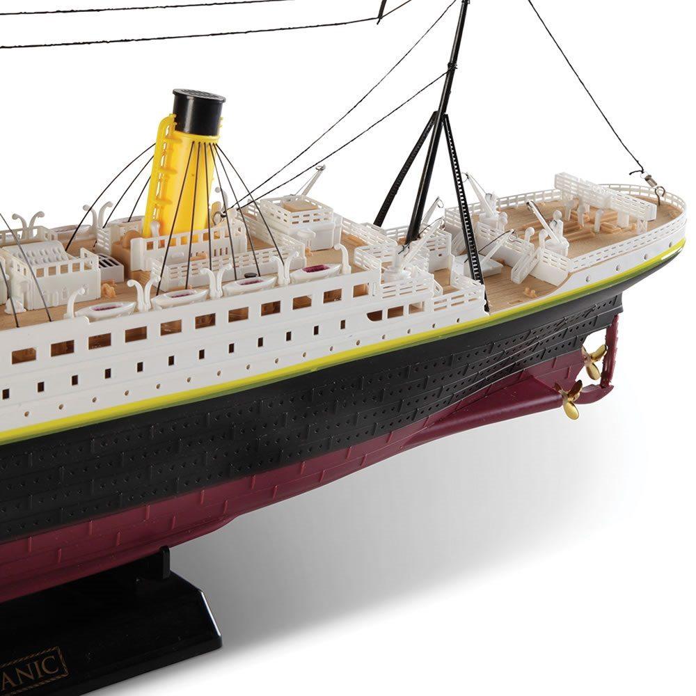 Remote Controlled Titanic Boat