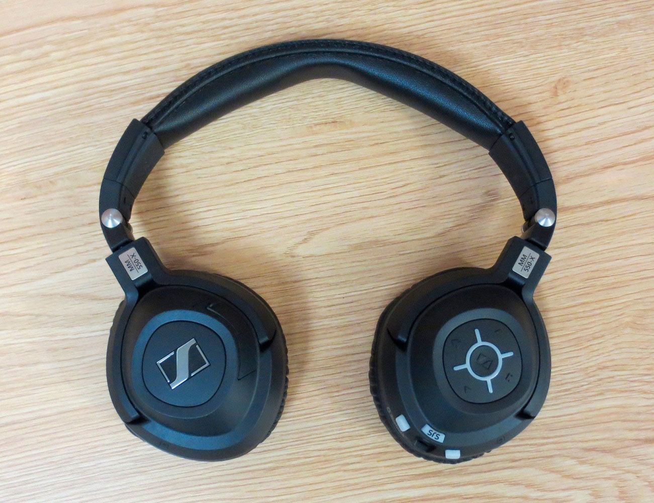 Sennheiser mm 550-X Headphones