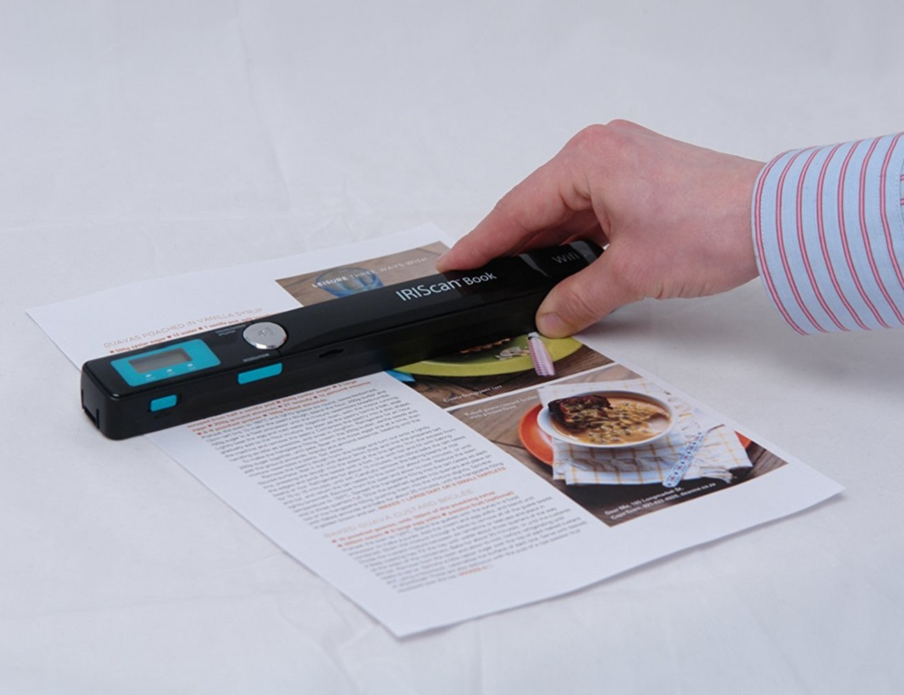 Wireless Book Scanner by IRIScan loading=