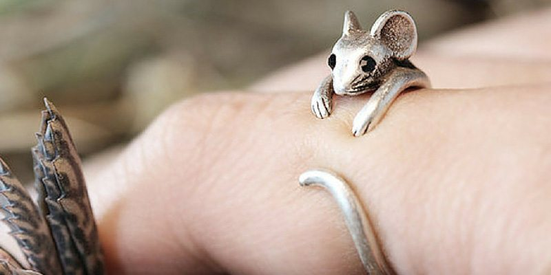 Dainty Retro Mouse Ring