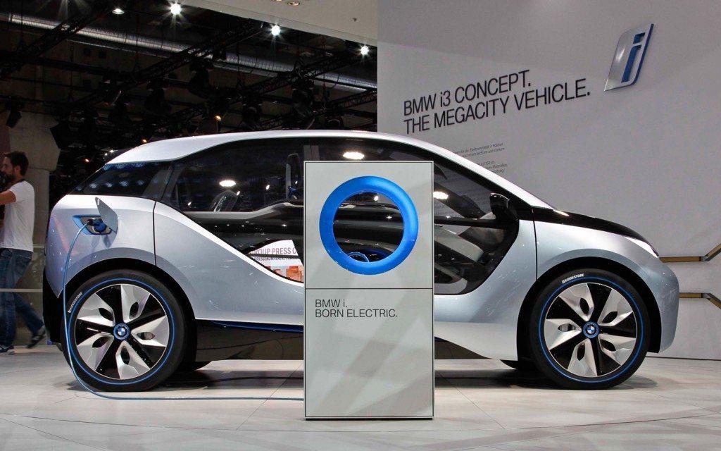 BMW i3 Concept side