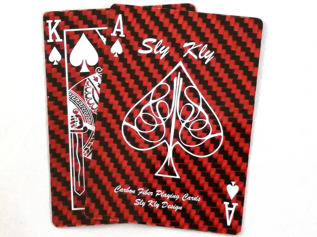 carbon-fiber-playing-cards-with-bullet-proof-kevlar-01