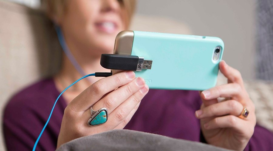 Extra Storage for iOS Devices with Leef