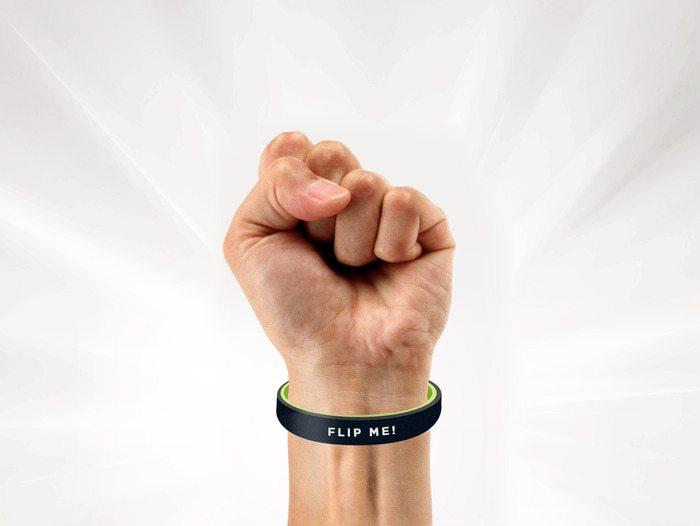 flip-band-02
