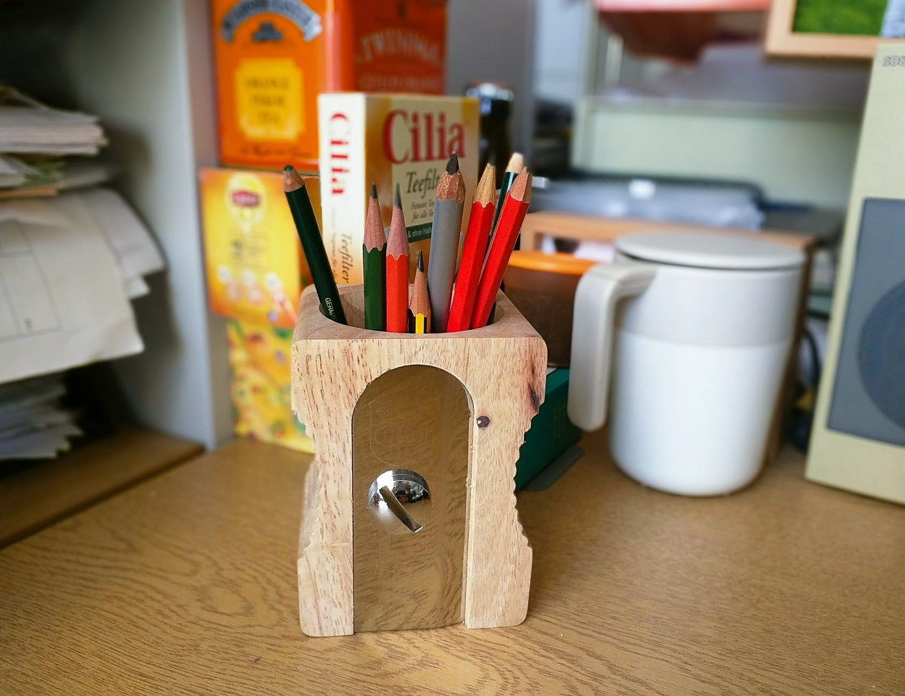 Sharpener Desk Tidy – A Sharpener Like Pen Stand