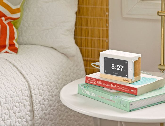 Snooze Alarm Dock for iPhone