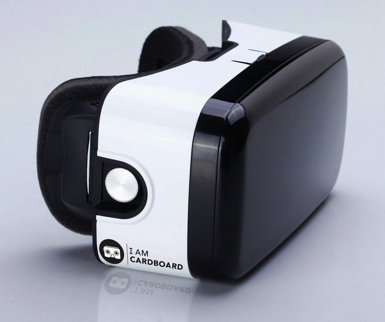 xg-virtual-reality-headset-05